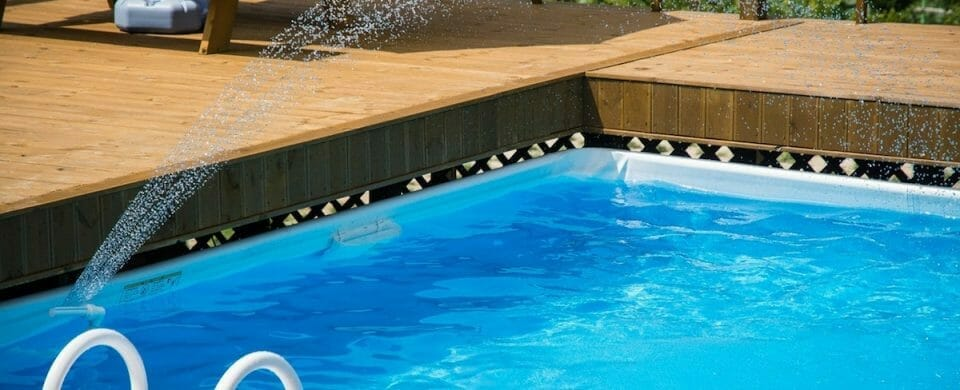 5 Water Saving Tips for Your Swimming Pool